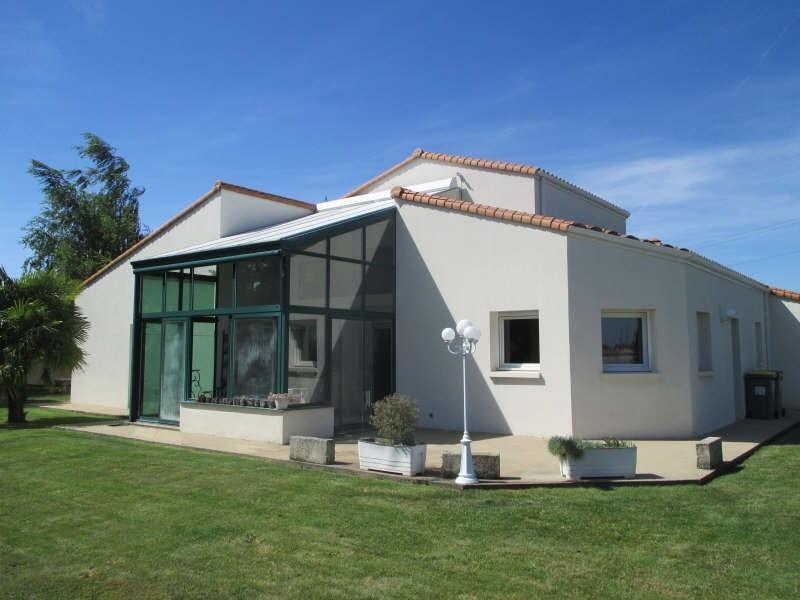 Maison belles prestations chauray - 7 pièce (s) - 300 m²