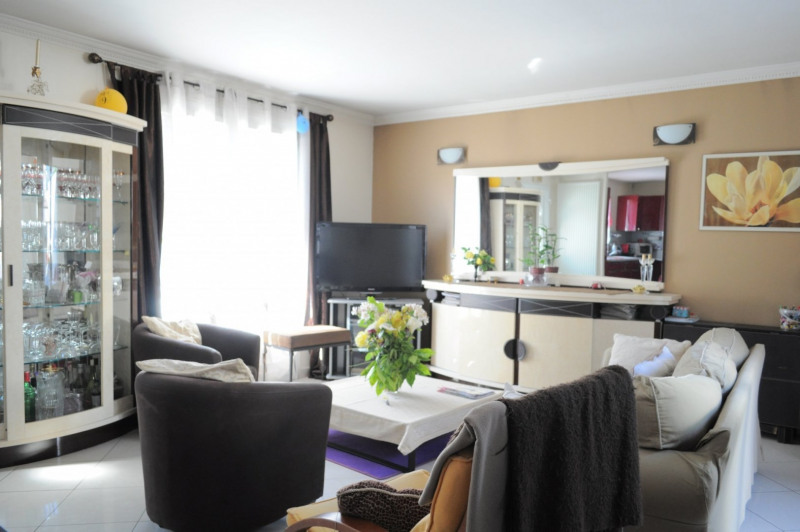 Sale house / villa Clichy-sous-bois 360000€ - Picture 3