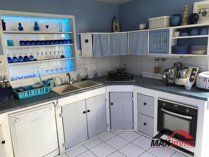 Vente maison / villa Les avirons 530000€ - Photo 3
