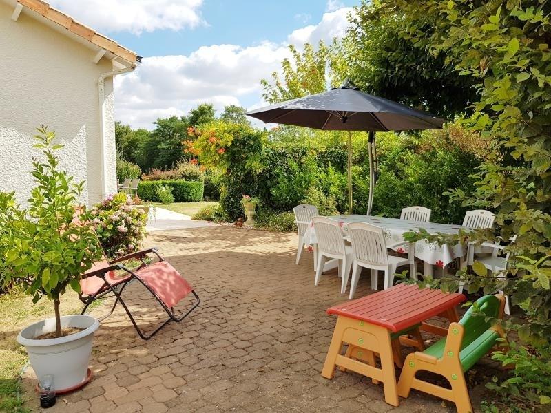 Vente maison / villa St gelais 237000€ - Photo 2