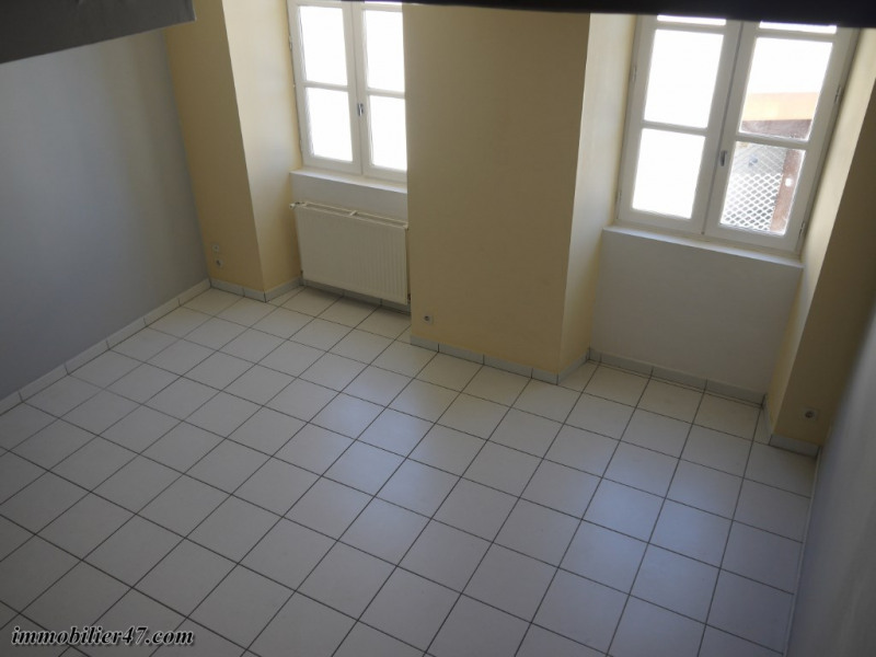 Rental apartment Montpezat 300€ CC - Picture 7