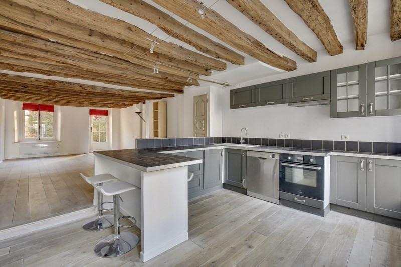 Sale apartment Versailles 540000€ - Picture 1