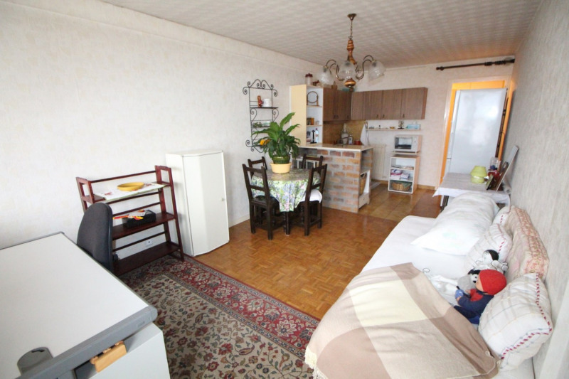 Sale apartment Fontaine 88 000€ - Picture 3