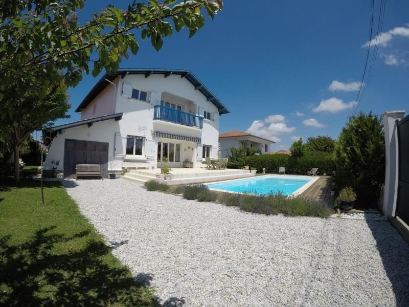 Deluxe sale house / villa Bidart 1325000€ - Picture 1