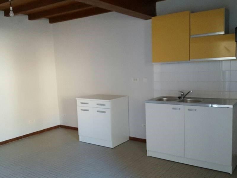 Location maison / villa Lavaur 460€ CC - Photo 3