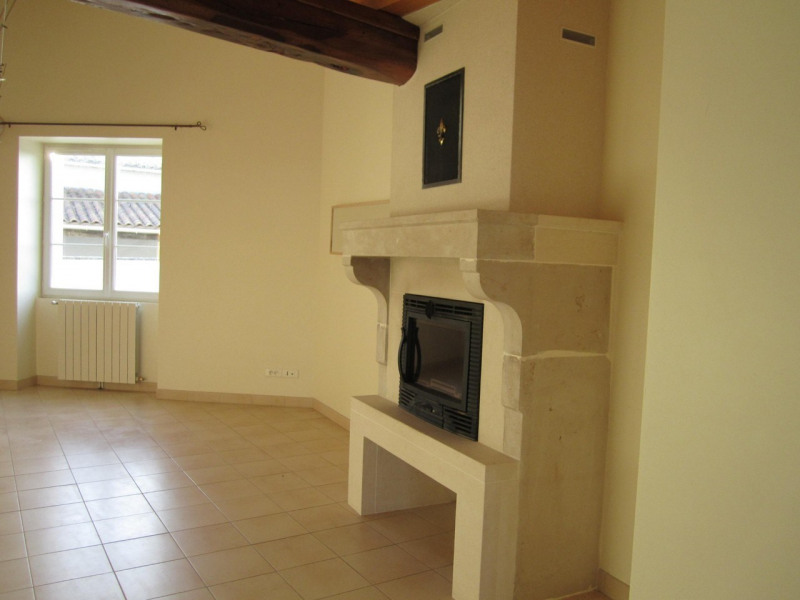 Location maison / villa Mortiers 615€ CC - Photo 4