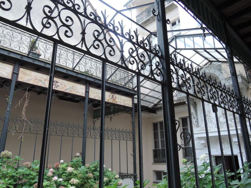 Sale apartment Bagneres de luchon 199000€ - Picture 2