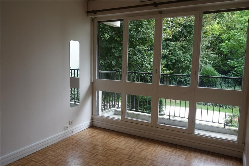Rental apartment Le chesnay 1 220€ CC - Picture 4