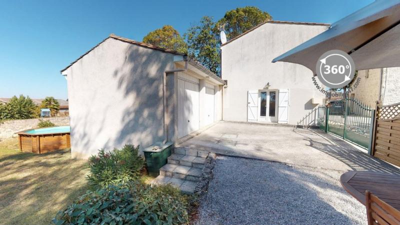 Maison de village lusignan petit- 4 pièces - 101 m²