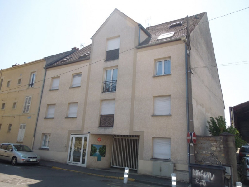 Location appartement Melun 540€ CC - Photo 1