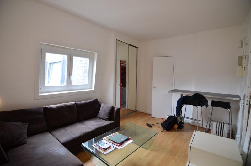 Rental apartment Paris 7ème 870€ CC - Picture 2
