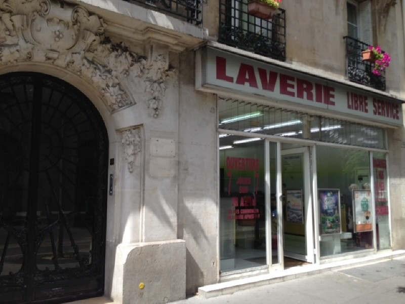 Revenda armazém Paris 15ème 340000€ - Fotografia 1