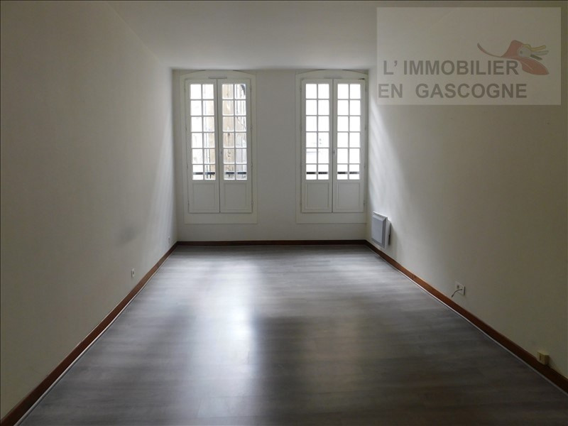 Verhuren  appartement Auch 326€ CC - Foto 2