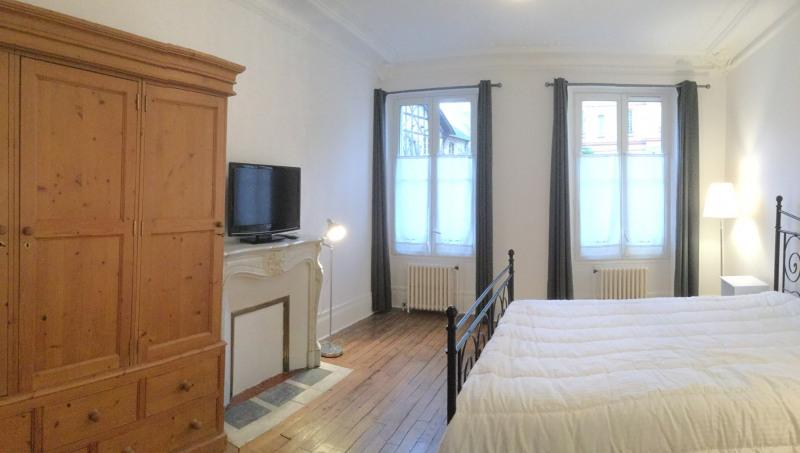 Location appartement Fontainebleau 1070€ CC - Photo 1