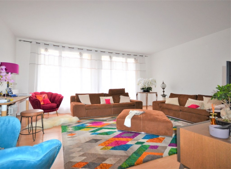 Sale apartment Les clayes sous bois 193500€ - Picture 3