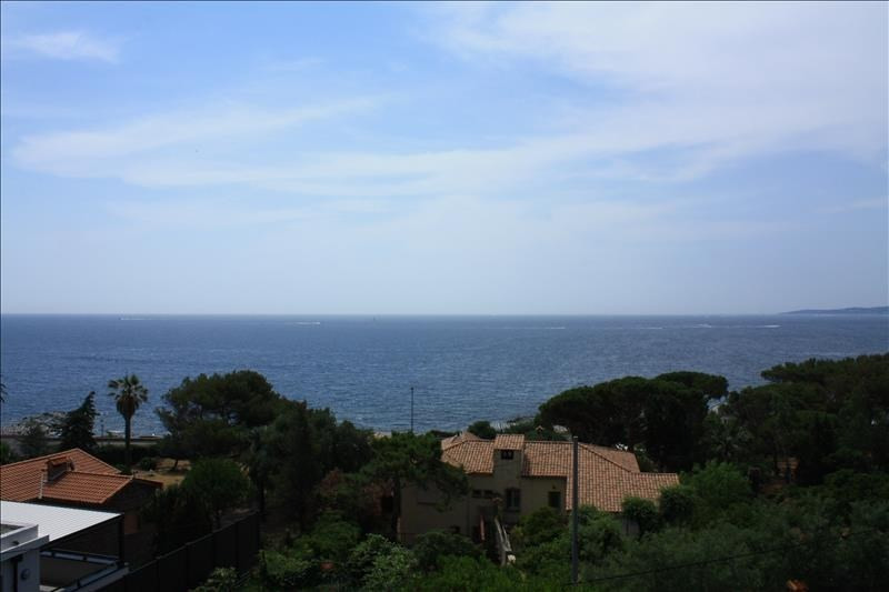 Deluxe sale house / villa Les issambres 1490000€ - Picture 2