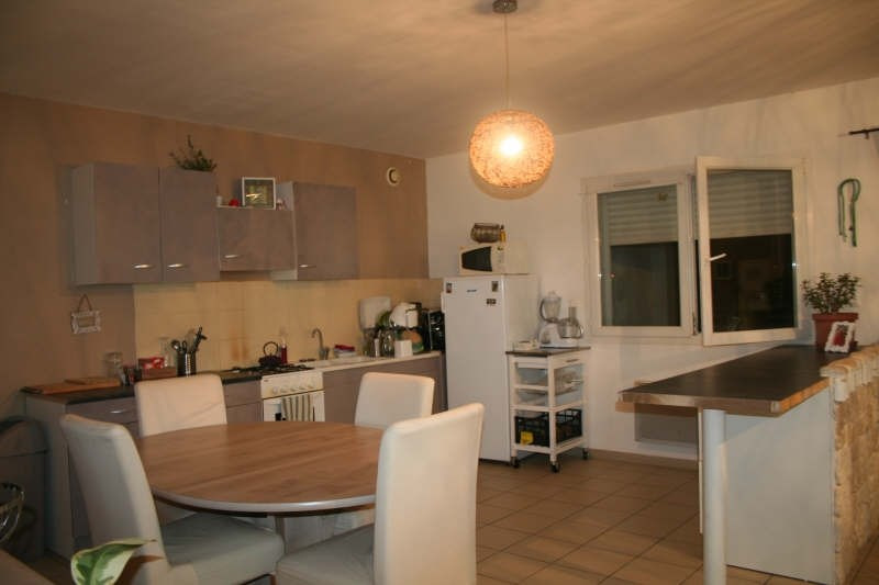 Rental apartment Goudargues 642€ CC - Picture 2