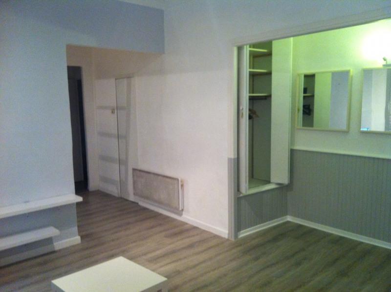 Rental apartment Nice 575€ CC - Picture 2