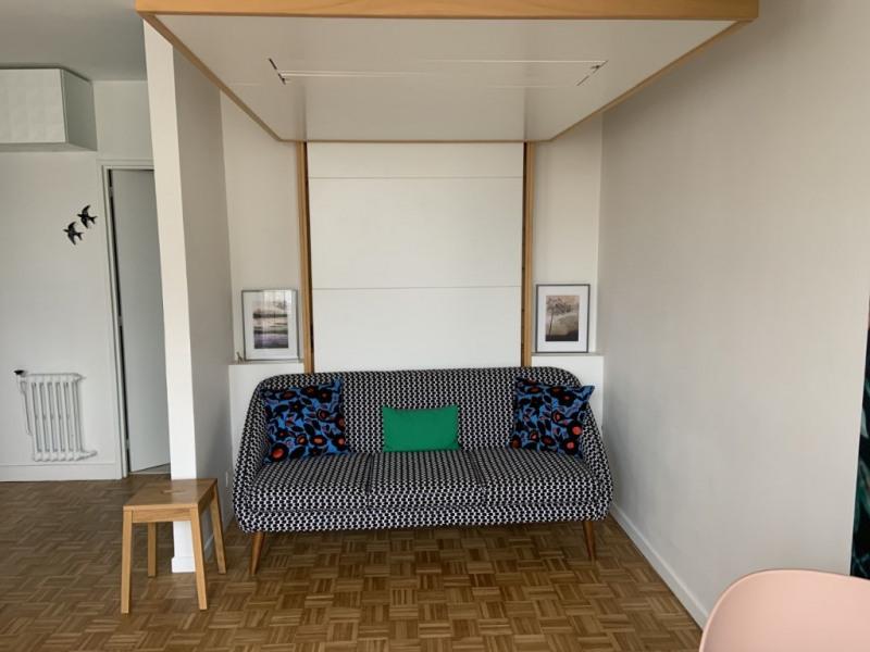 Appartement Courbevoie 1 pièce(s) 28 m2