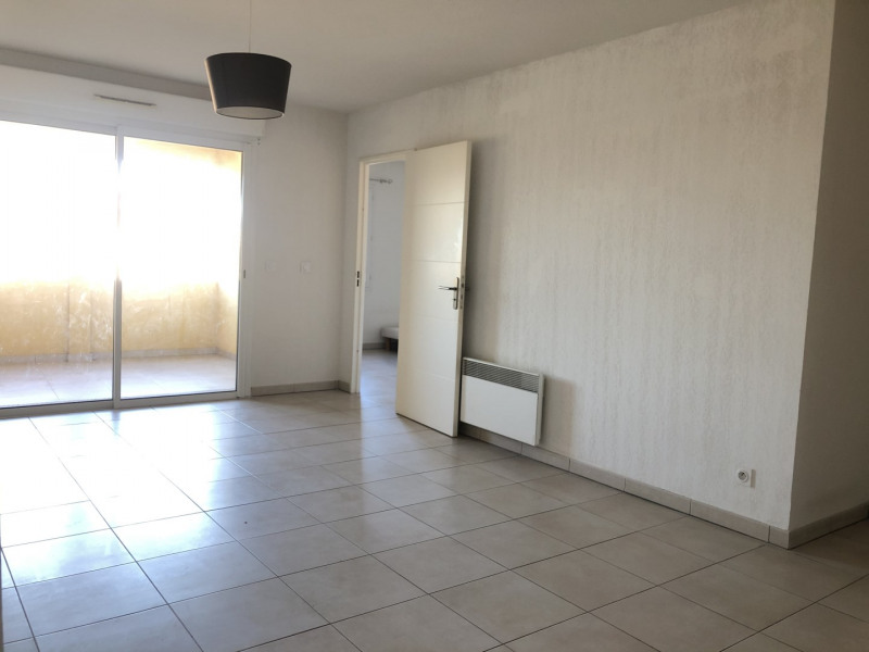 Location appartement Roquebrune-sur-argens 710€ CC - Photo 4