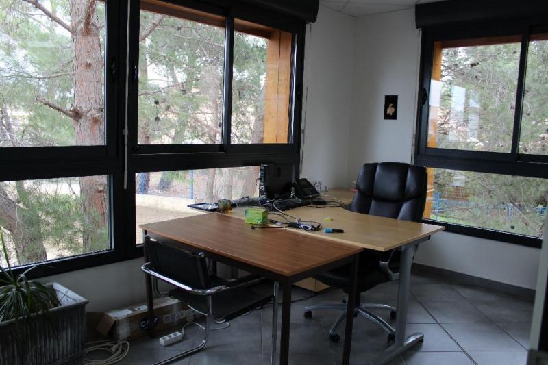 Sale empty room/storage Lambesc 997500€ - Picture 5