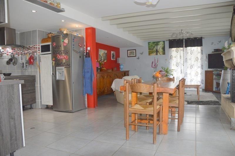 Sale house / villa St seurin sur l isle 178900€ - Picture 4
