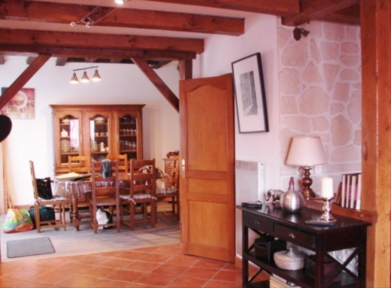 Sale house / villa Villedômer 133120€ - Picture 2