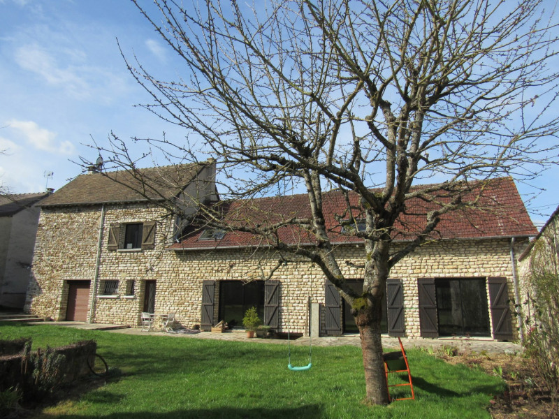 Sale house / villa Bréval 282000€ - Picture 1