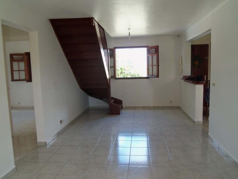 Rental house / villa Ste anne 750€ CC - Picture 6