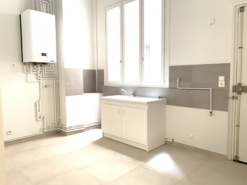 Location appartement Paris 10ème 4 500€ CC - Photo 7