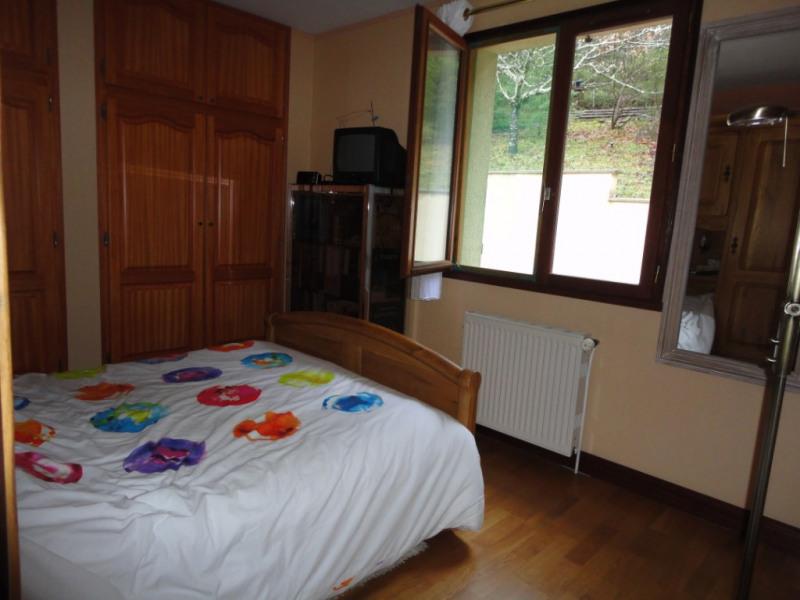 Sale house / villa Chaptelat 199500€ - Picture 6