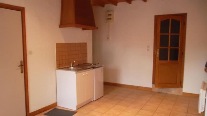 Location appartement Saint-omer 335€ CC - Photo 3
