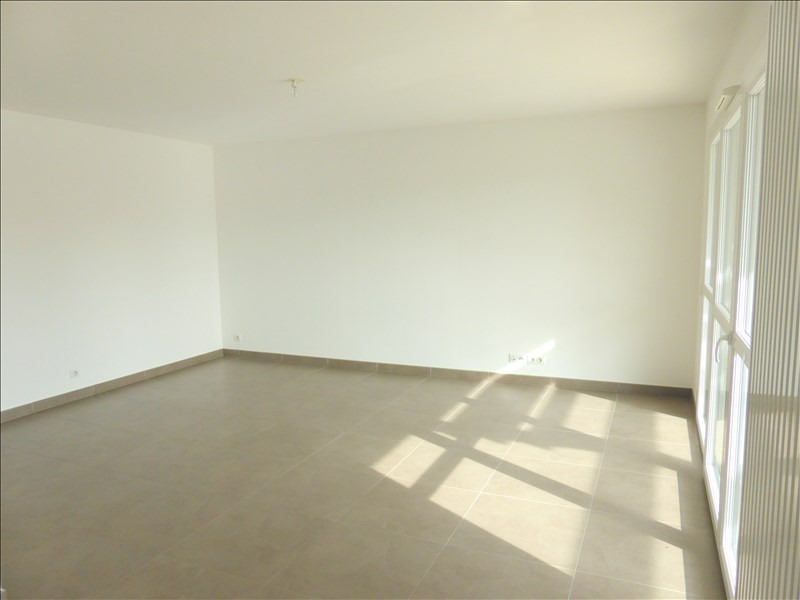 Rental apartment Ferney voltaire 1 805€ CC - Picture 3