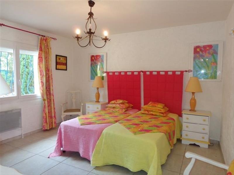 Deluxe sale house / villa Les issambres 699000€ - Picture 6