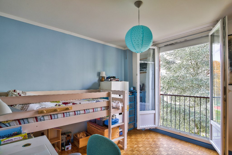 Sale apartment Bougival 383000€ - Picture 4