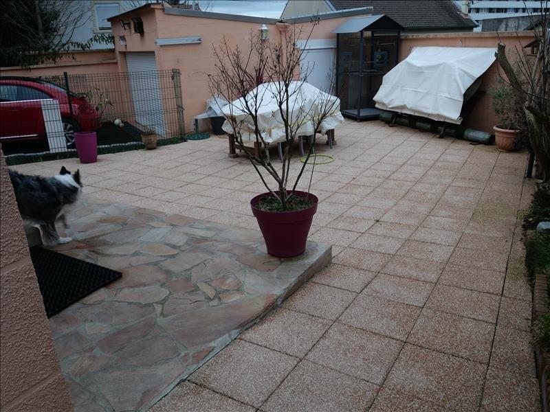 Sale house / villa Villemomble 341250€ - Picture 4