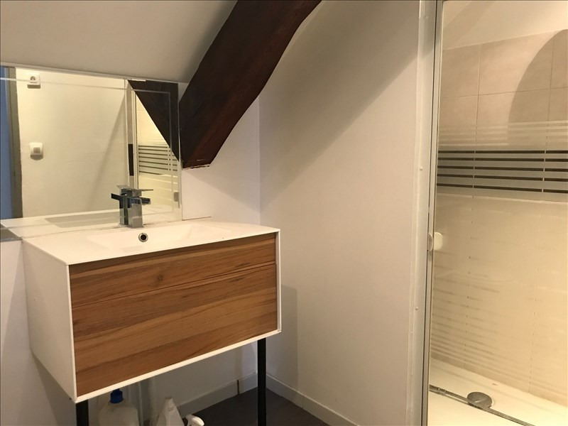 Rental apartment St romain en gal 690€ CC - Picture 6