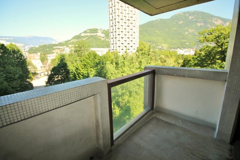 Sale apartment Grenoble 220000€ - Picture 2