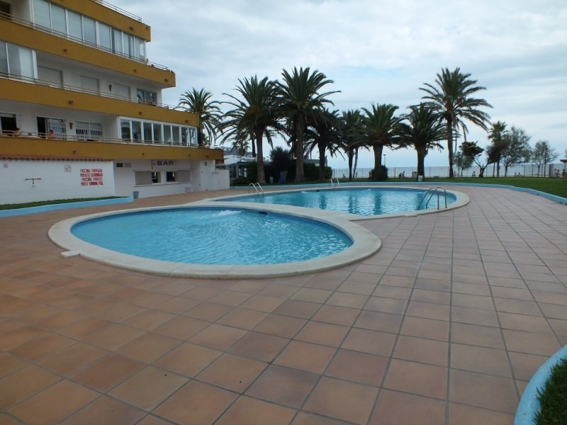 Location vacances appartement Roses santa-margarita 400€ - Photo 2