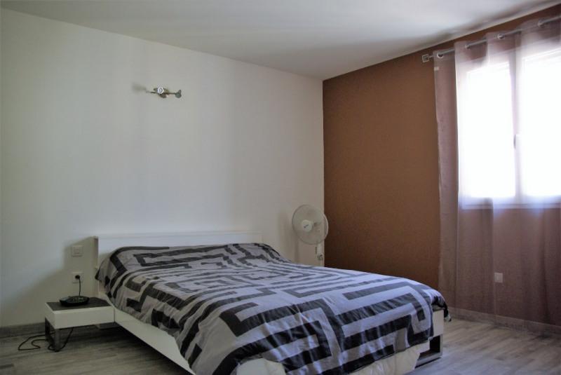 Sale house / villa Le cailar 227000€ - Picture 5