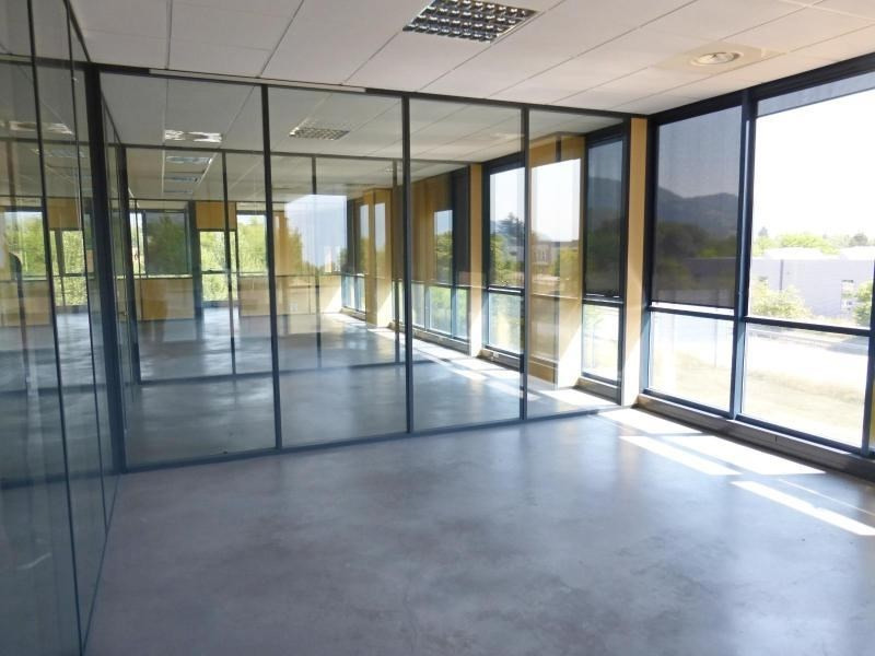 Sale office Voiron 270 000€ - Picture 4