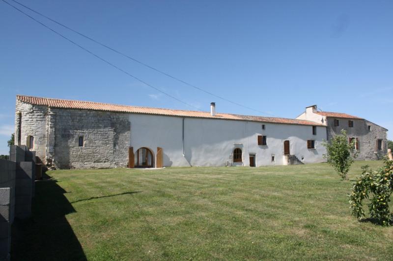 Vente maison / villa Prisse la charriere 420000€ - Photo 2