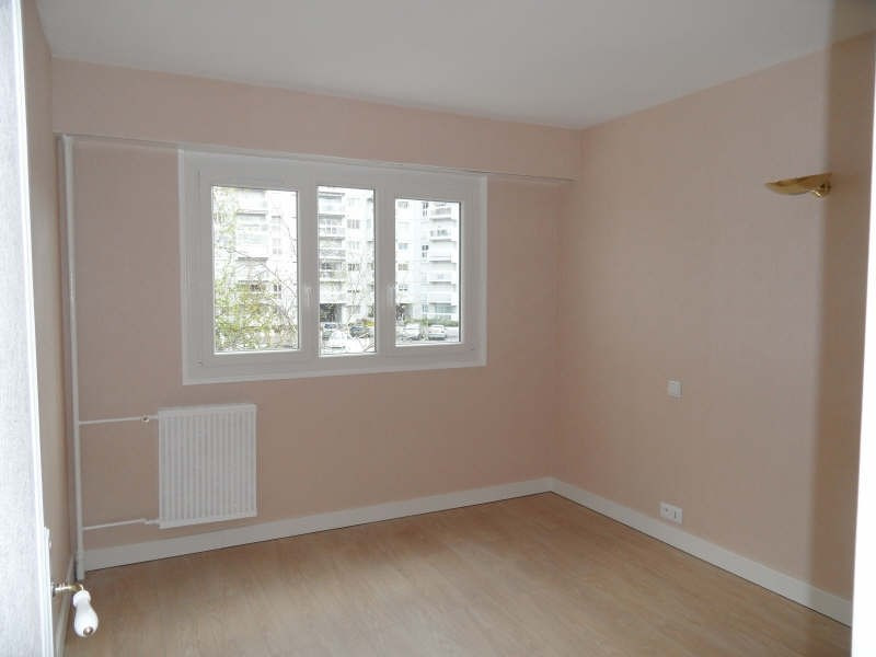 Rental apartment Marly le roi 981€ CC - Picture 4