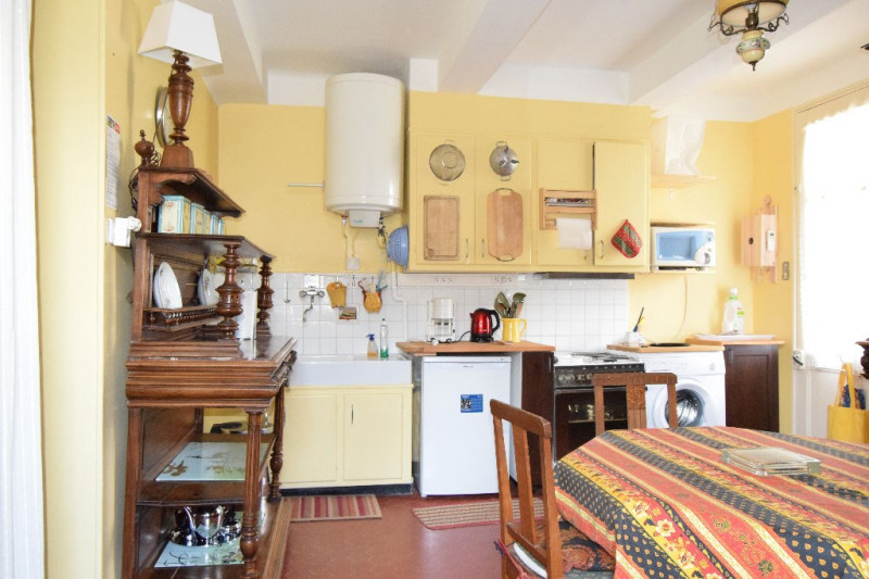 Location appartement Eygalieres 575€ CC - Photo 1