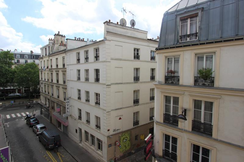 Sale apartment Paris 18ème 499000€ - Picture 1