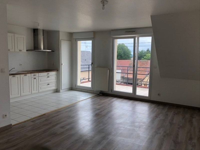 Rental apartment Wolfisheim 736€ CC - Picture 1