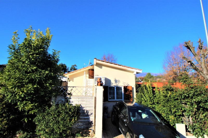 Sale house / villa Valbonne 210 000€ - Picture 1