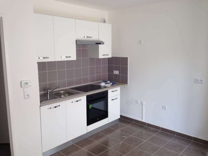 Rental apartment Cergy le haut 650€ CC - Picture 2