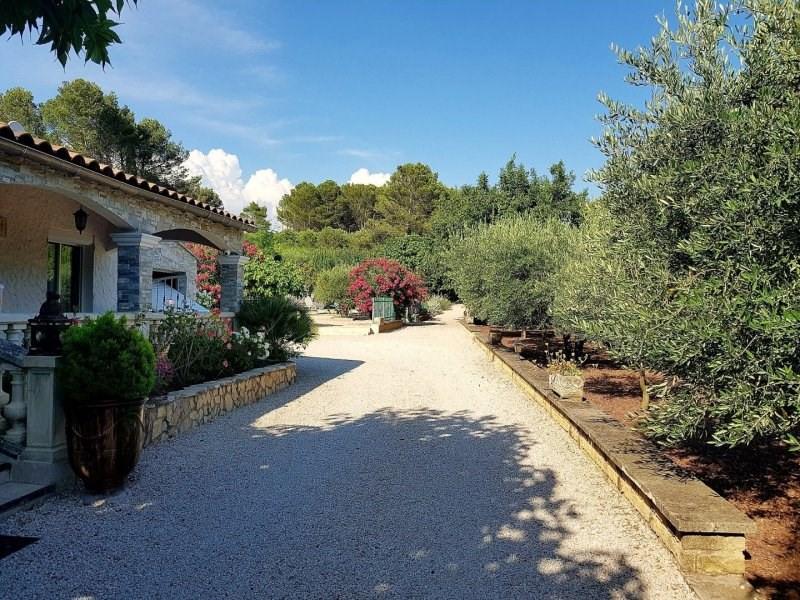 Deluxe sale house / villa Barbentane 661000€ - Picture 2