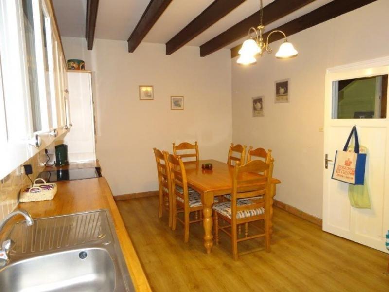 Sale house / villa Plusquellec 64200€ - Picture 5